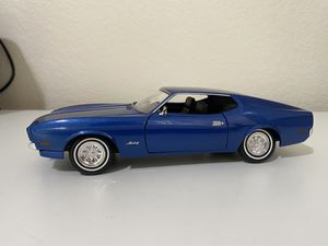Diecast model 1971 Ford Mustang Sportsroof 1:24 for Sale in Dewey, AZ