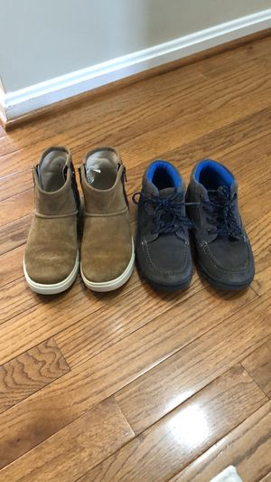 2 pairs of boots- Uggs & Florsheim for Sale in Lorton, VA