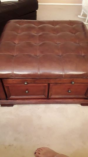 Ottoman for Sale in Banning, CA
