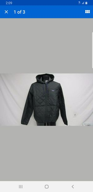 Patagonia Men's XL Diamond Quilted Bomber Hoody Black for Sale in San Diego, CA