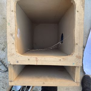 Square Subwoofer 10 Inch for Sale in Sanger, CA