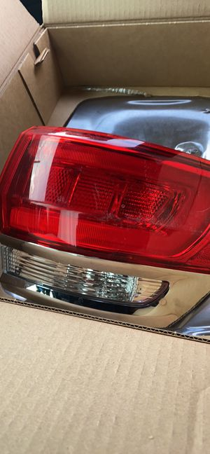 2015 Tail light for a Jeep Grand Cherokee for Sale in Hollywood, FL