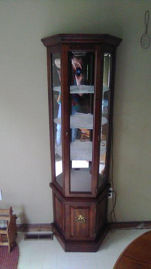 3 shelve curio cabinet for Sale in Wardensville, WV