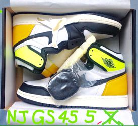 Nike Air Jordan 1 Retro High OG Volt Gold GS Youth Kid Boy Girl Size 4.5y = Women 6 ⭐️ 5y = W 6.5 ⭐️ DS New Xtra Laces Sticker Receipt for Sale in Cherry Hill,  NJ