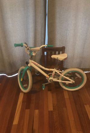 16 inch girls Giant bike for Sale in North Miami Beach, FL