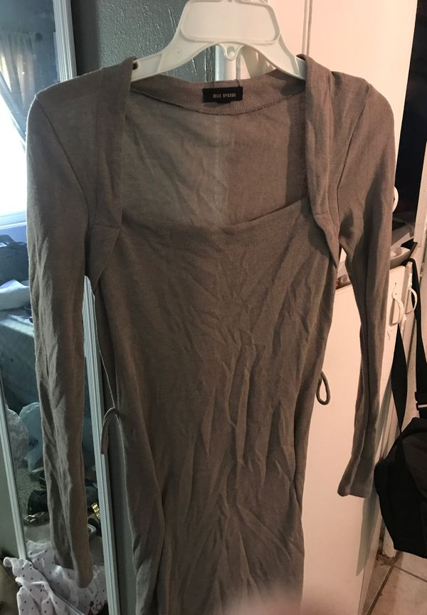 Clothes size medium and small