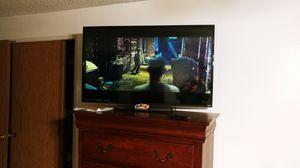50 Inch TV, Vizio. Comes with Remote and Stand for Sale in Graham, WA