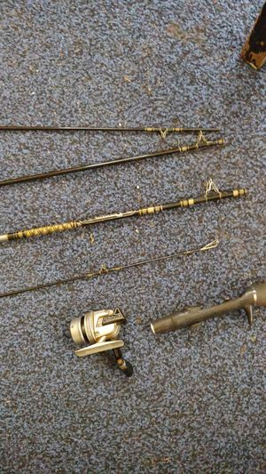 Shakespeare Fishing Reel and Pole, Daiwa Minicast Reel and Pole for Sale in Dallas, TX