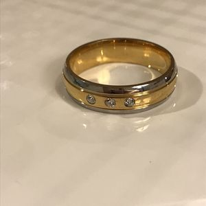 Unisex 18K Gold plated Engagement Ring 👰🤵💍 for Sale in Dallas, TX