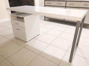 Computer Desk for Sale in Miami, FL