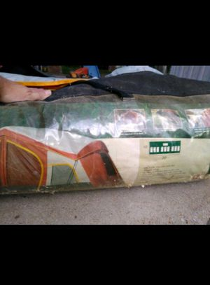 Magellan 20x10 9 person tent for Sale in Gonzales, TX