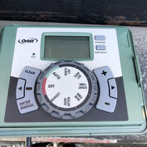 Sprinkler Timer (4Valves) for Sale in Turlock, CA