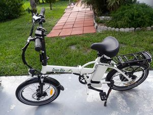 Bicycle electric folding for Sale in Oakland Park, FL