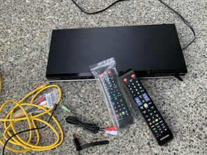 BLUE -RAY DVD player in excellent shape moved and don't use for Sale in Redmond, WA