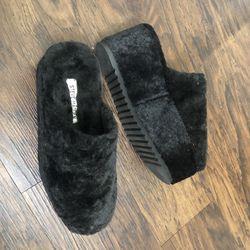 Steve Madden RrFur Platform Slippers Shoes for Sale in Los Angeles,  CA