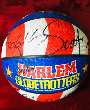 Harlem Globetrotters Official Game Basketball for Sale in Sherwood, AR