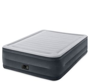 Queen size Air Mattress with pump for Sale in Boyce, LA