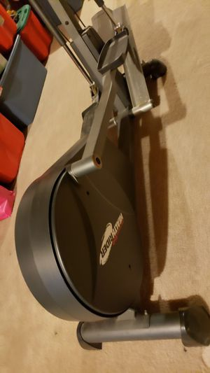 Air Strider E60 Eliptical - Free for Sale in Arvada, CO