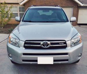 Beautiful 2007 Toyota RAV4 Clean for Sale in Rochester, NY