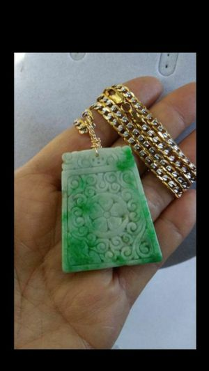 "Bundle Certificate Fengshui good luck genuine green emerald jade jadeist Moire carved Fu plate pendant gold filled Trendmax chain 24""4mm for Sale in Richmond, CA"