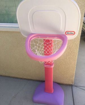 Girls basketball hoop for Sale in Lake Elsinore, CA
