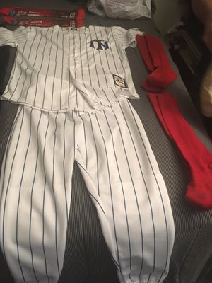 Youth boys baseball clothes, socks arm slip , belt and gloves size medium for Sale in Tampa, FL