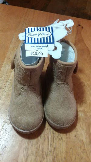 Girl's boots for Sale in Knoxville, TN
