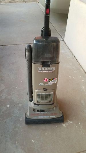 Hoover Breath Easy vacuum for Sale in Phoenix, AZ