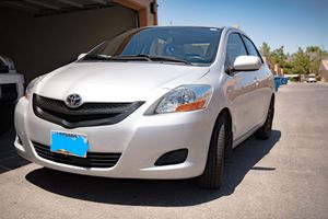 2009 Toyota Yaris Sedan MANUAL for Sale in Las Vegas, NV