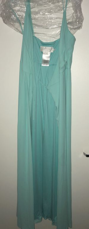 NEW/NEVER WORN Wrap Dress for Sale in Chicago, IL