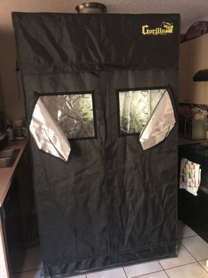 Gorilla Grow Tent 4x2 for Sale in Lake Worth, FL