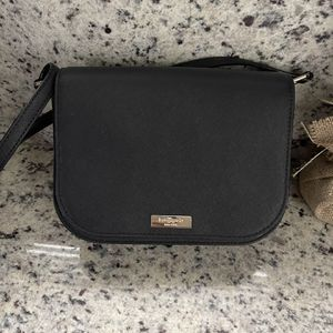Kate Spade Black Purse! Could be worn as crossbody for Sale in Pembroke Pines, FL