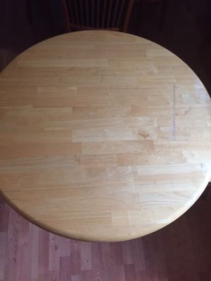 Dining table for Sale in Vacaville, CA