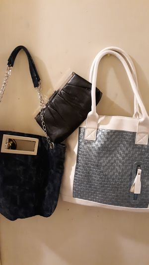 2 handbags and a wallet for Sale in Gaston, SC