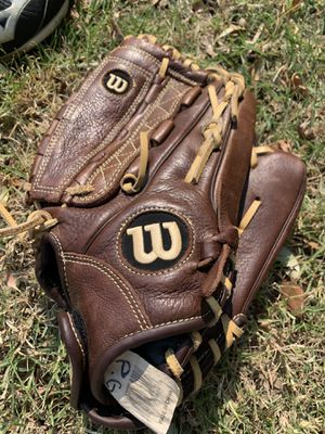 Softball glove, cleats, and face shield for Sale in Plano, TX