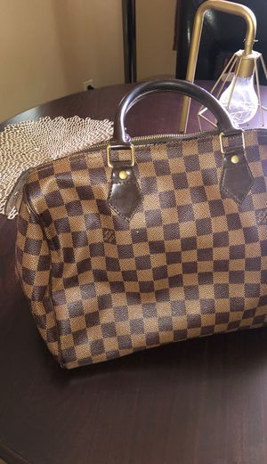 Louis Vuitton Bag for Sale in Bedford, OH