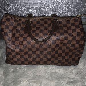 Louis Vuitton Speedy 35 (authentic) for Sale in Boston, MA