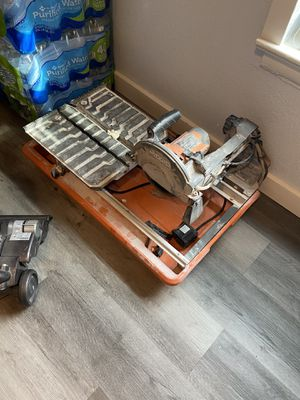 Ridgid Table saw with stand for Sale in Arlington, TX