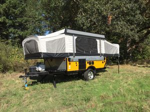Fleetwood Popup Camper Trailer for Sale in Joint Base Lewis-McChord, WA