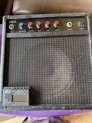 Optimus Guitar/Keyboard Amp With Tuner for Sale in Riverside, CA