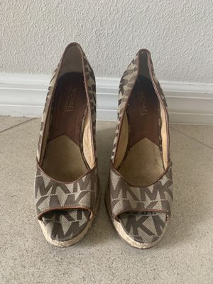 Michael Kors Shoes for Sale in Riverview, FL