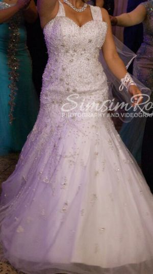 Beautiful wedding dress for Sale in Orland Park, IL