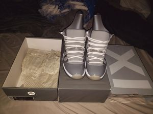 2010 Cool Grey 11's Size 11 for Sale in North Providence, RI