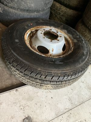 Ford dually wheel and excellent tire 235/85/16 for Sale in Overland, MO
