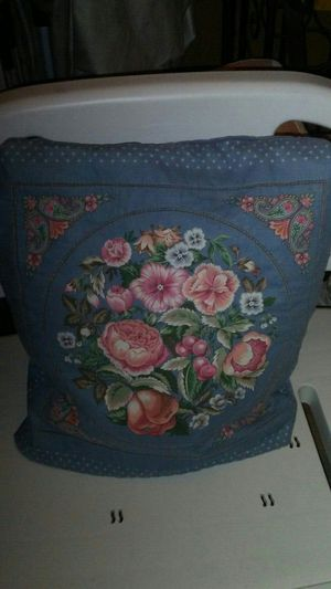 Flower pillow turns into throw for Sale in St. Louis, MO