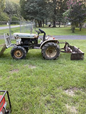 Bolens 2 cylinder 4x4 diesel tractor for Sale in Roman Forest, TX