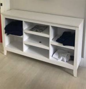 """White ultra flexible storage console unit with adjustable shelves Super clean Measures 54"""" x 32"""" x 13.5"""" for Sale in Boynton Beach, FL"""