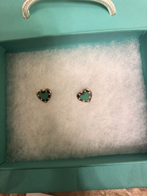 Tiffany and co earring pair for Sale in Rancho Cucamonga, CA