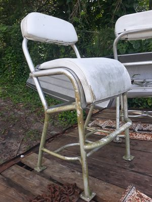 Aluminum Leaning Post Chairs for Sale in North Fort Myers, FL