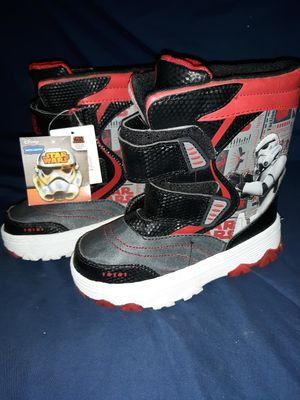 Star wars rain boots size XL-11-12 for Sale in Fresno, CA